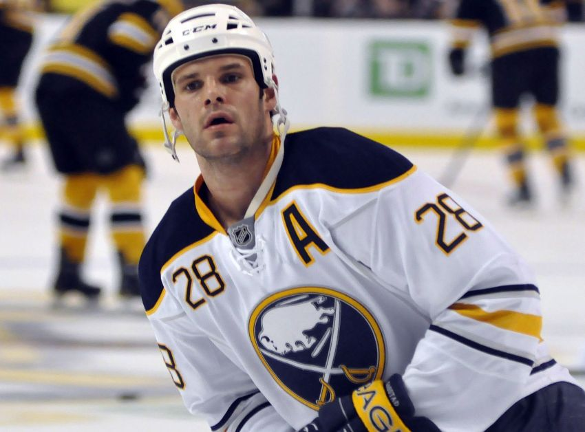Sabres deal Gaustad, Kassian at trade deadline