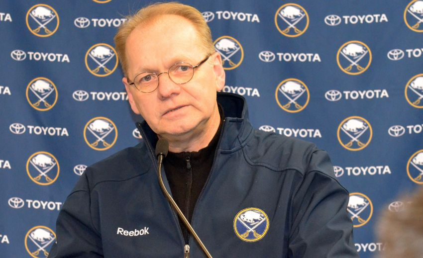 Sabres GM Regier receives extension; Pegula apologizes for lockout