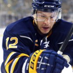 Porter establishing himself as one of Sabres' top forwards