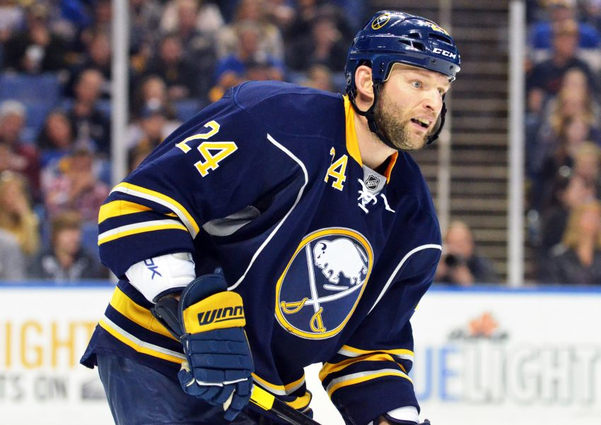 Report: Sabres deal Regehr to Kings for two second-round picks
