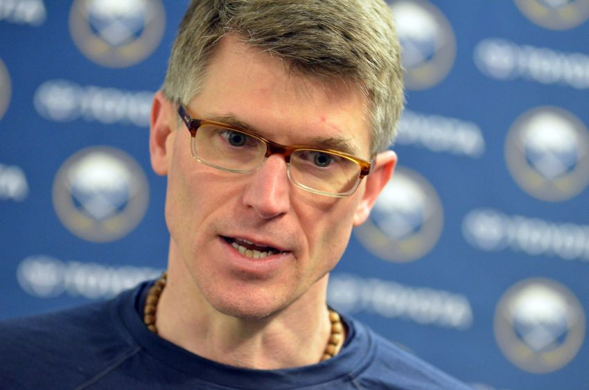 Sabres' Rolston hasn't spoken to management about future