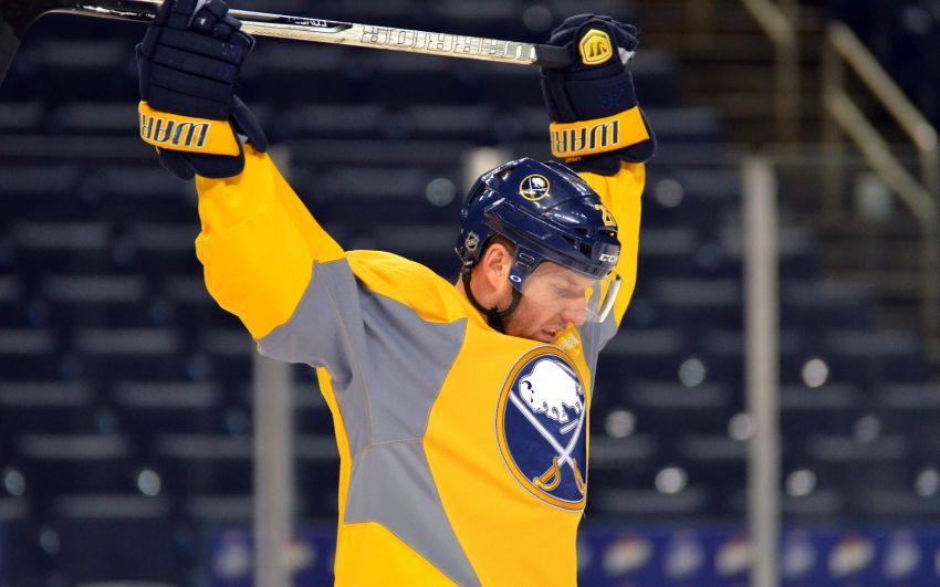 Sabres' Vanek enters season finale with uncertain future