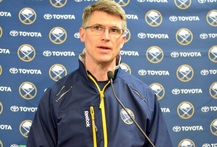 Sabres keep Rolston to coach rebuilding club
