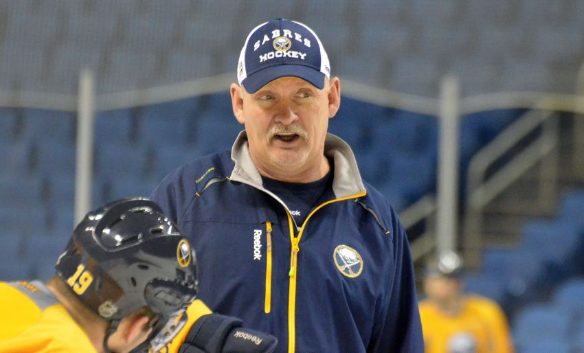 Report: Stars have spoken to former Sabres coach Ruff about opening
