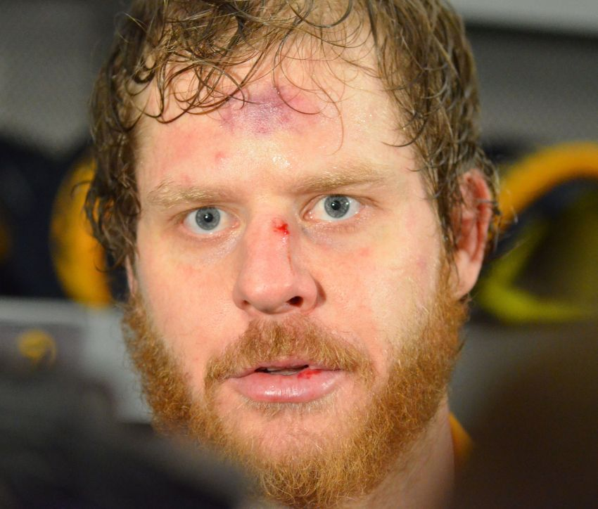 Steve Ott helps Sabres unveil third jersey; new sweater universally panned