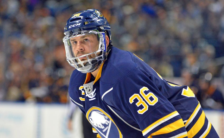 Sabres' Patrick Kaleta 'cool' with Matt Cooke's offer to help reform style