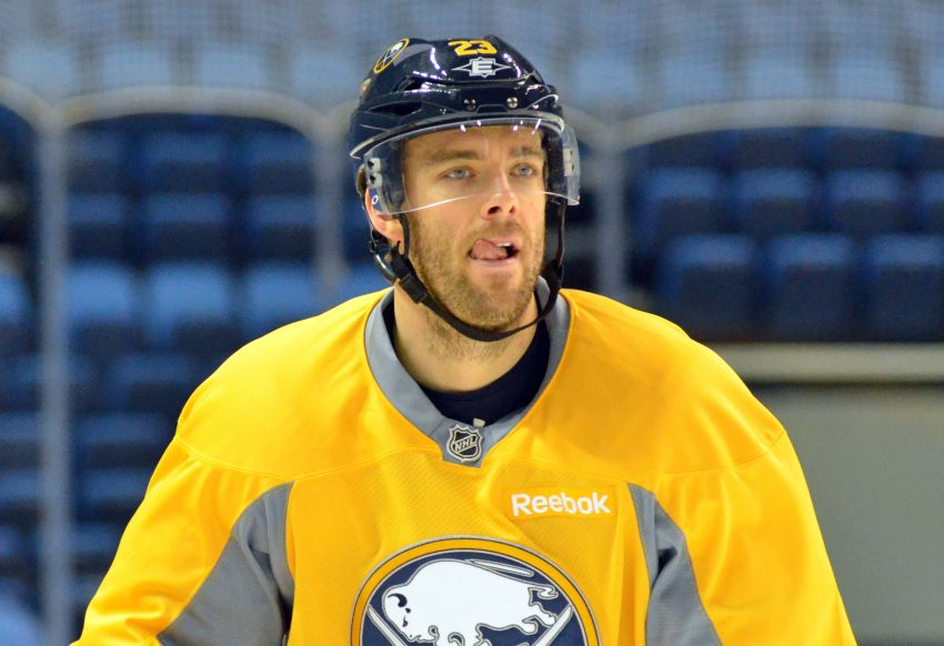 Sabres' Ville Leino out indefinitely with cracked rib