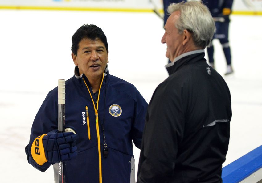 Interim coach Ted Nolan wants to make Sabres work, evaluate new players