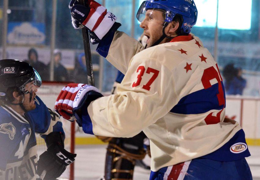 Sabres recall Matt Ellis from Amerks