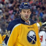 Sabres' Zenon Konopka excited to be reunited with pet rabbit 'Hoppy'