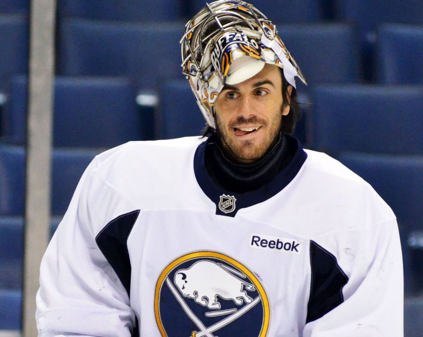GM Tim Murray unsure about Sabres' upcoming UFAs; Pat LaFontaine open to keeping Ryan Miller