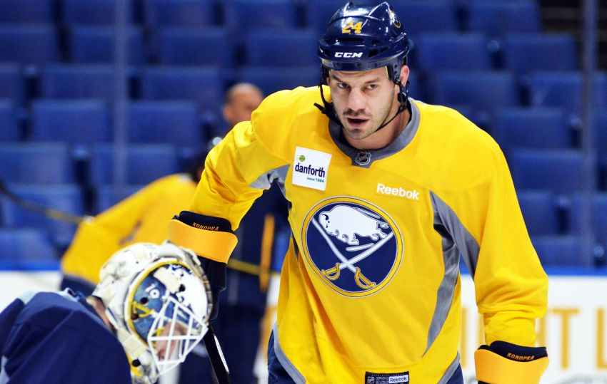 Sabres' Zenon Konopka ready to play after finger surgery; Tyler Ennis out tonight