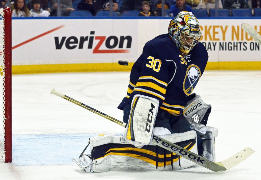 GM Tim Murray looking to trade Ryan Miller, goalie understands long Sabres career might end soon