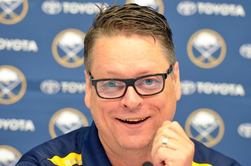 Tim Murray Sabres GM Tim Murray focusing on center for top pick