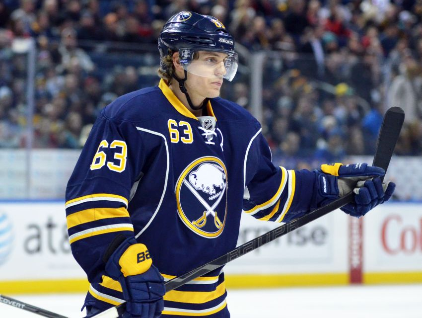Long-term deal shows Sabres believe Tyler Ennis will become star