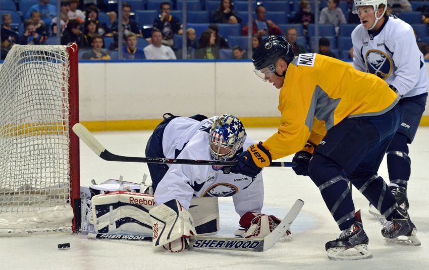 Photo: Sabres prospect Sean Malone in close on Nathan Lieuwen