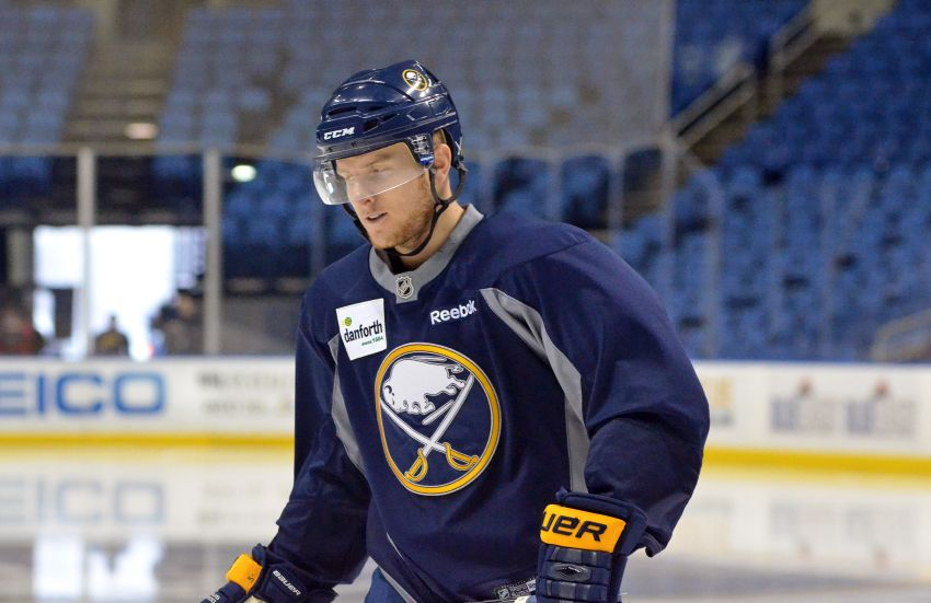 Sabres re-sign Chad Ruhwedel to 2-year deal