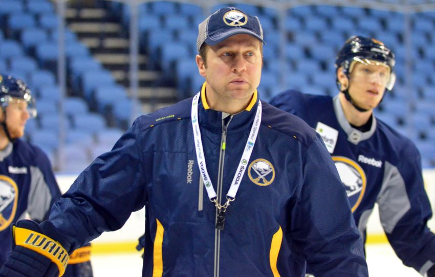 Bruins hire former Sabres assistant coach Joe Sacco