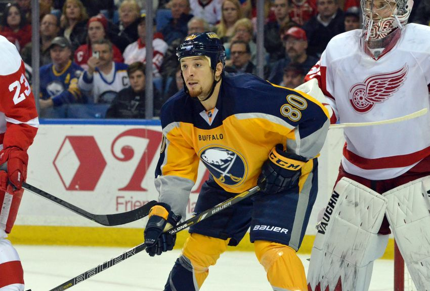Refreshed Chris Stewart excited about opportunities with Sabres