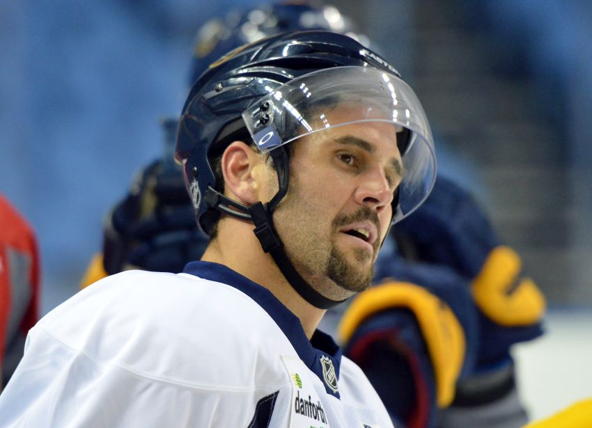 Sabres name Brian Gionta captain