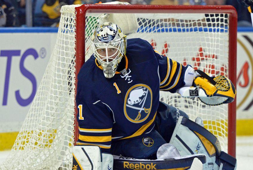 Sabres goalie Jhonas Enroth making strong bid to regain No. 1 job