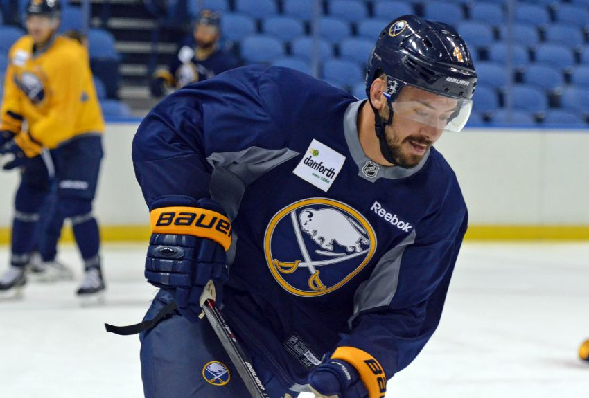 Sabres' Brian Gionta and Josh Gorges downplay first game against Canadiens