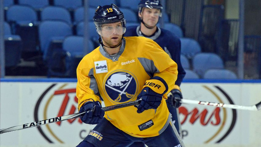 Sabres' Cody Hodgson slowly emerging from season-long funk