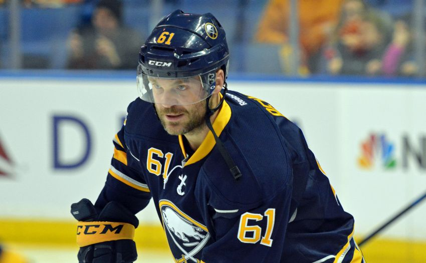Sabres' Andre Benoit playing big minutes again