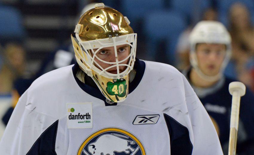 Sabres goalie prospect Cal Petersen thriving at Notre Dame