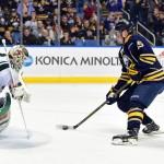 Sabres rookie Jack Eichel in Calder hunt