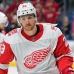 Sabres acquire Scott Wilson from Red Wings for pick