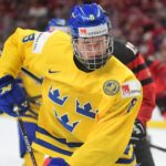 Selection by Sabres emotional for Rasmus Dahlin