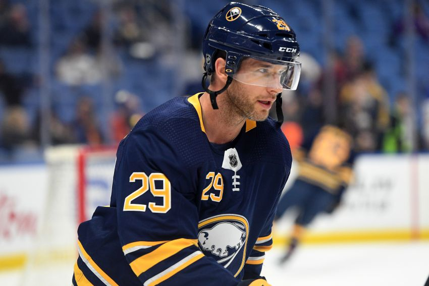 2a6c96297 Sabres  Jason Pominville close to playing after hitting  Finnish wall